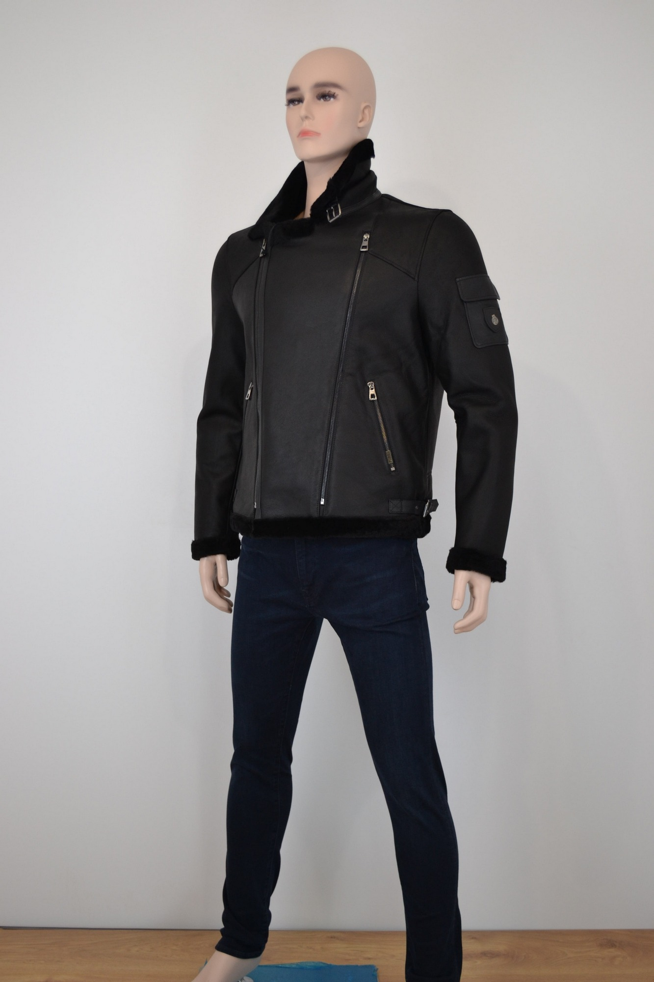Куртка мужская, модель 18